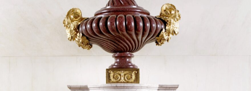 A student's view on an expert's voice: Helen Jacobsen's lecture about the Antique in French Decorative Arts revisited.